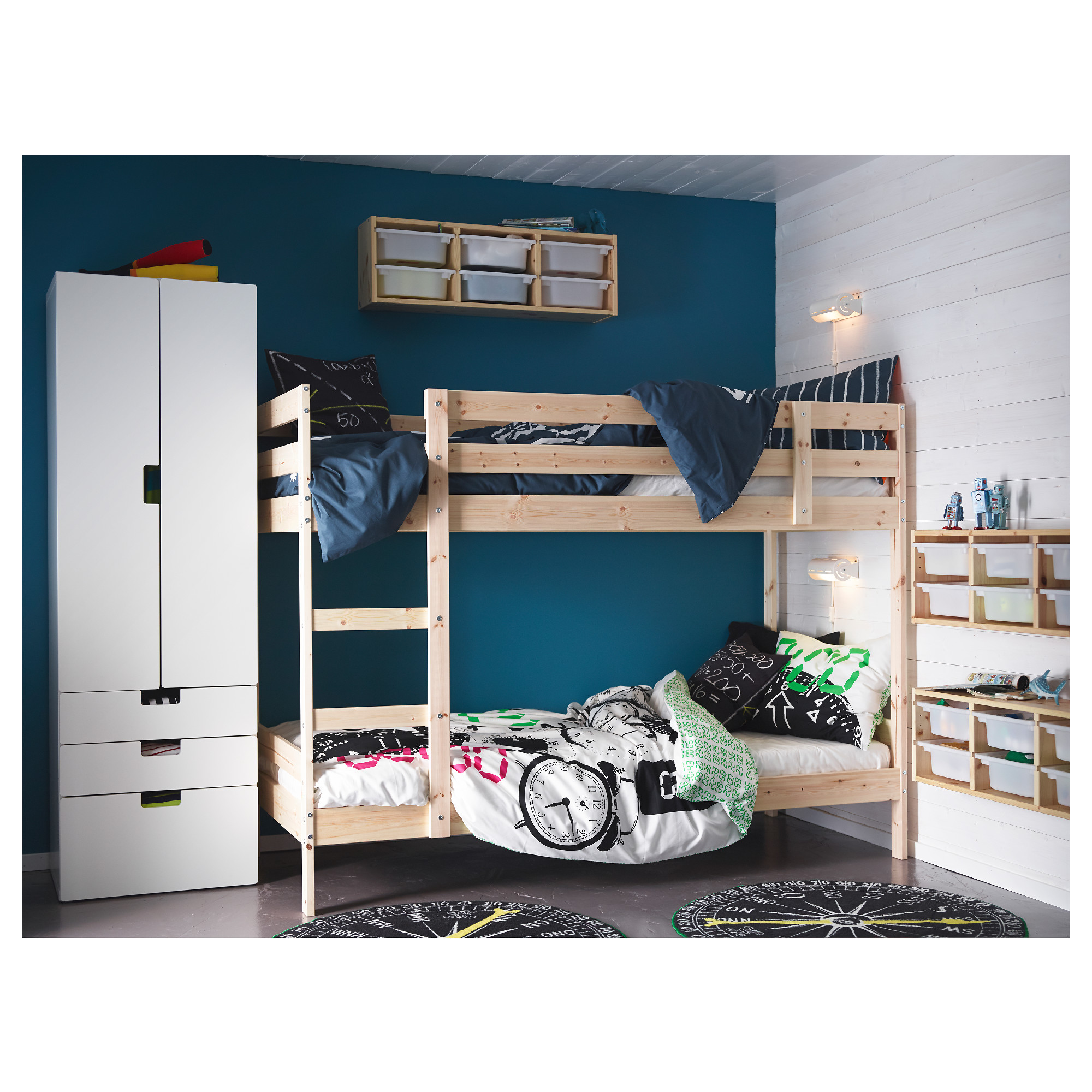 ikea lit svarta mommo design ikea kura hacks more with. Black Bedroom Furniture Sets. Home Design Ideas