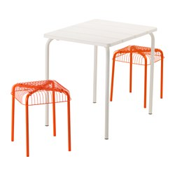VÄDDÖ /  VÄSTERÖN table and 2 stools, outdoor, white, orange