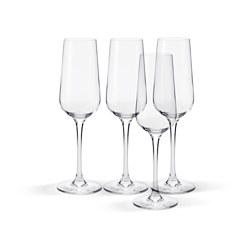 IVRIG champagne glass Height: 22.5 cm Volume: 22 cl Package quantity: 4 pack