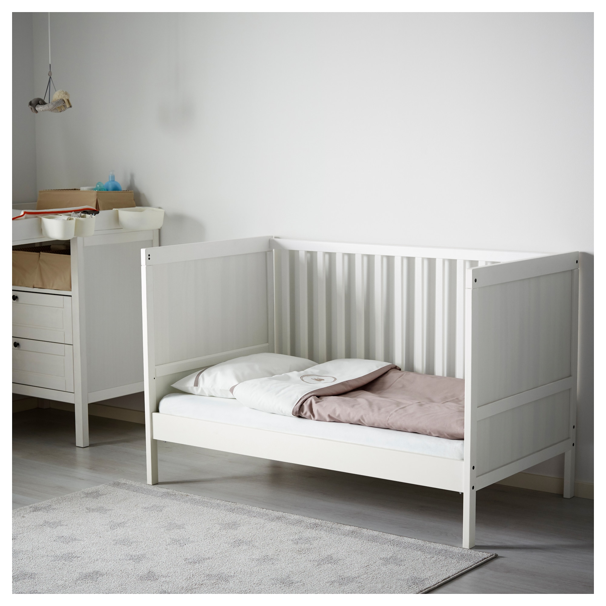 lit vikare ikea excellent ikea sundvik toddler bed cribs. Black Bedroom Furniture Sets. Home Design Ideas
