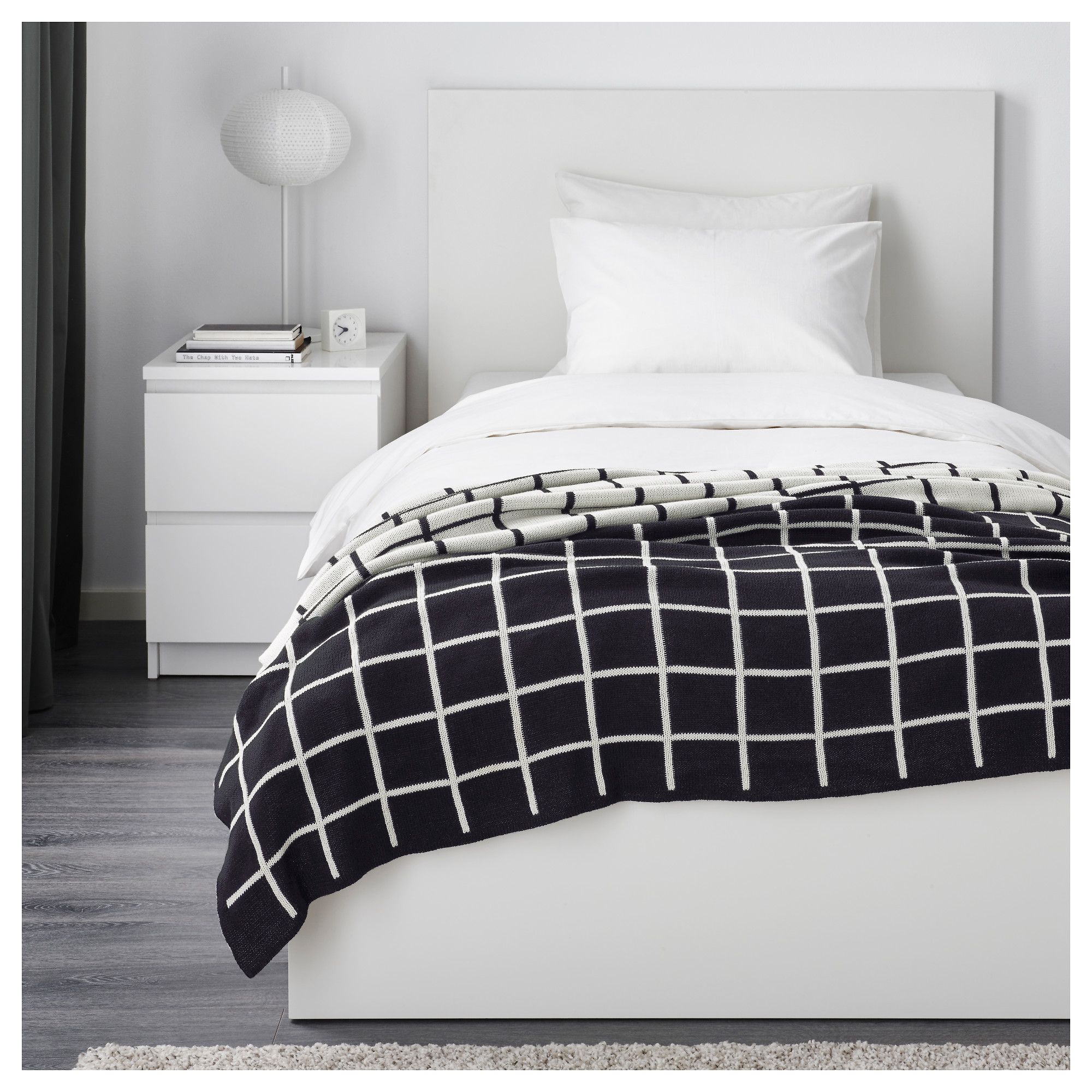 and dramatic comforter theme look lodge black duvet ecrins set white
