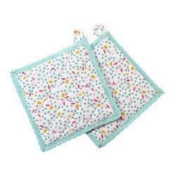 "UDDIG pot holder, dotted Length: 8 "" Width: 8 "" Package quantity: 2 pack Length: 20 cm Width: 20 cm Package quantity: 2 pack"