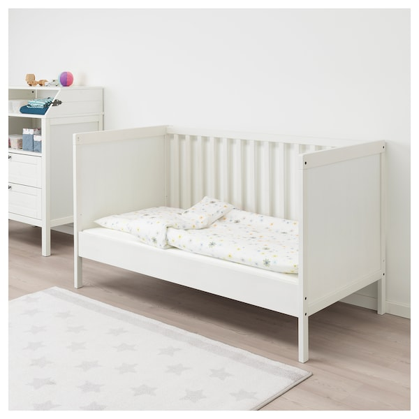 sundvik babybett wei ikea. Black Bedroom Furniture Sets. Home Design Ideas