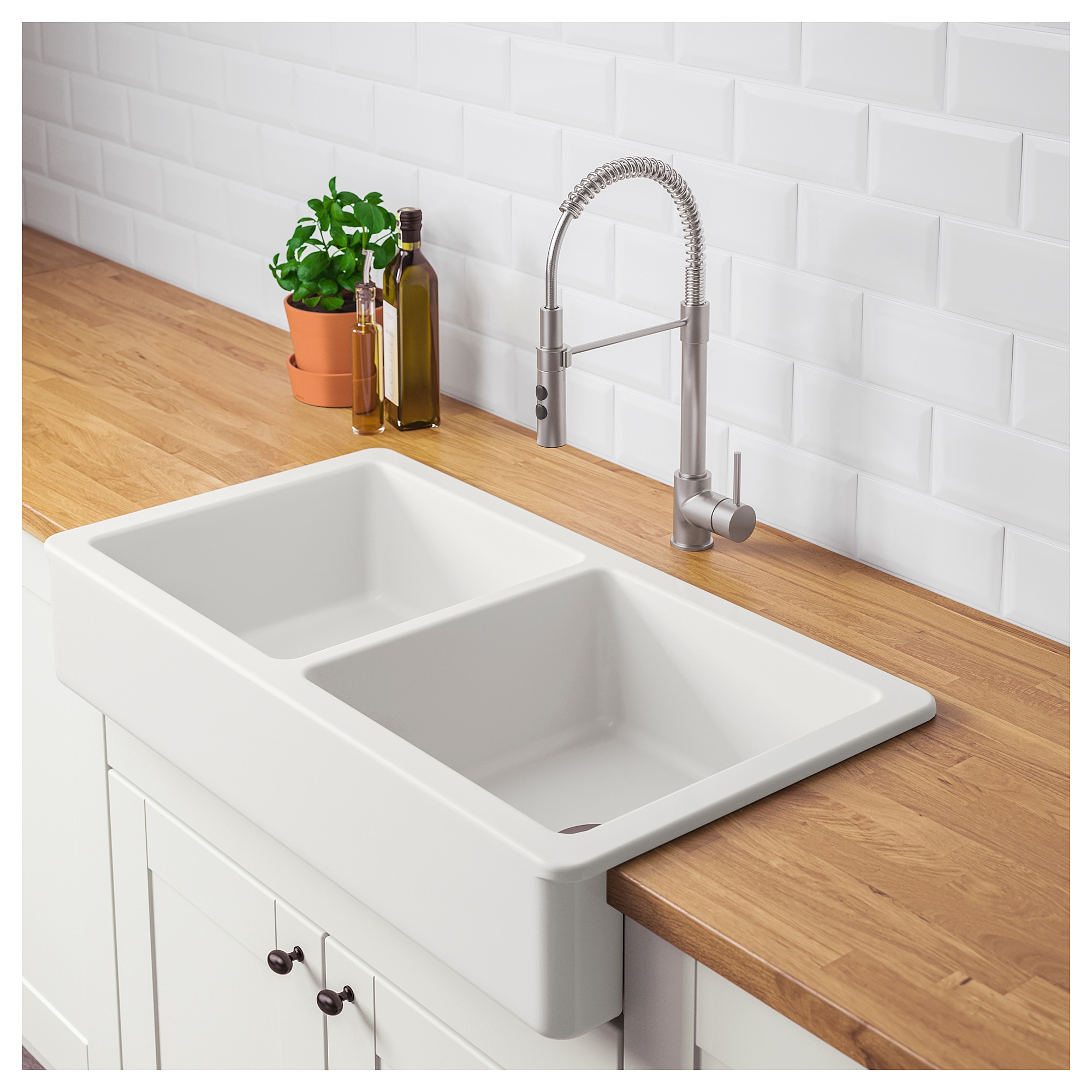 Apron front double bowl sink HAVSEN white