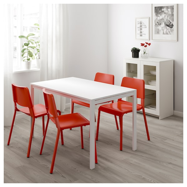 melltorp teodores table et 4 chaises blanc orange vif. Black Bedroom Furniture Sets. Home Design Ideas