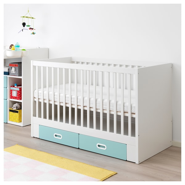 stuva fritids babybett mit schubf chern hellblau ikea. Black Bedroom Furniture Sets. Home Design Ideas