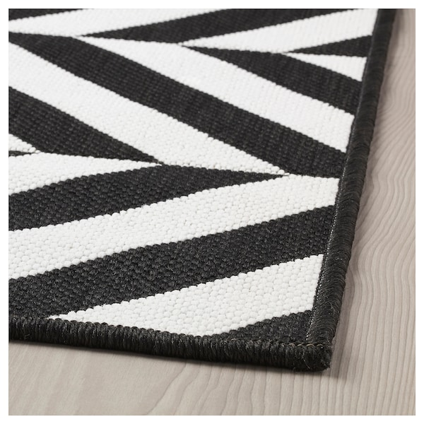 Why Adding A Rug Under Dining Table Sets Is A Must: SKARRILD Rug Flatwoven, In/outdoor