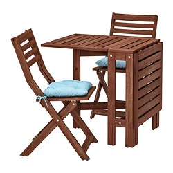 ÄPPLARÖ table and 2 folding chairs, outdoor, brown stained, Kuddarna blue light blue