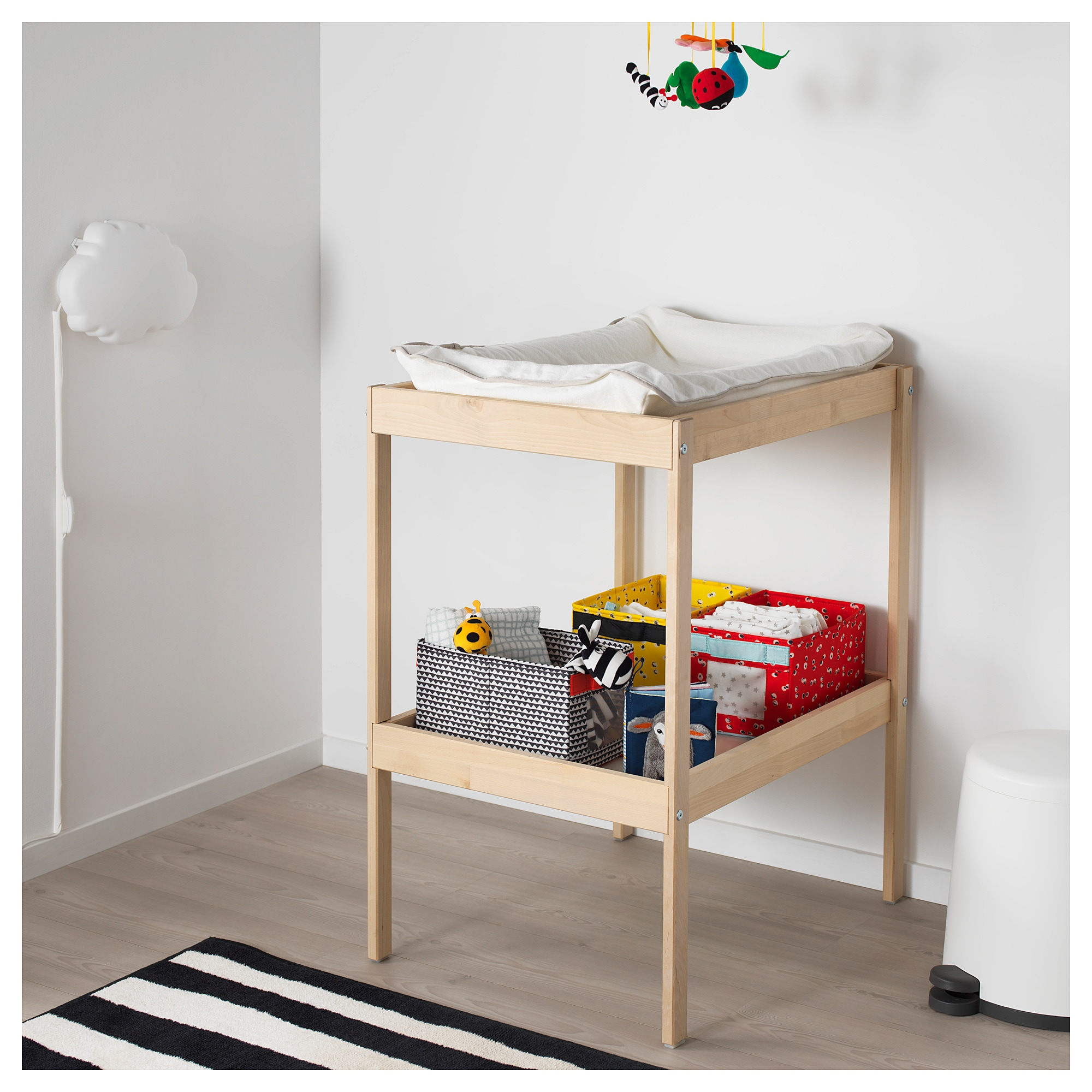 73c6b6b38613c SNIGLAR Changing table - IKEA