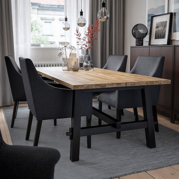 Table and 4 chairs SKOGSTA / SAKARIAS acacia black, Sporda dark gray