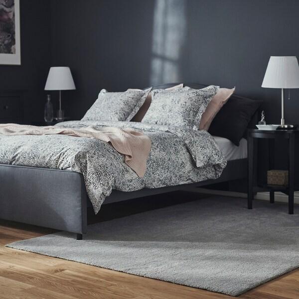 KNARDRUP Rug, low pile, light grey, 200x300 cm