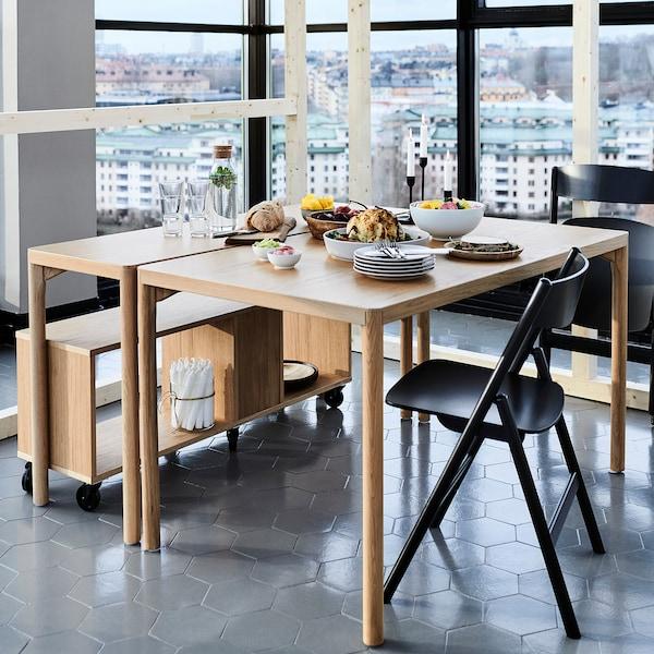 RÅVAROR طاولة طعام, قشرة سنديان, 130x78 سم