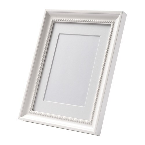 SÖNDRUM Frame IKEA The mount enhances the picture and makes framing easy.  PH-neutral mount; will not discolour the picture.