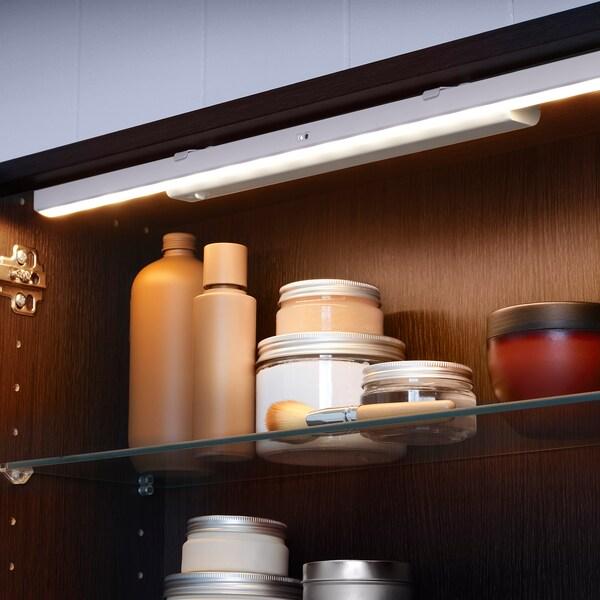 STÖTTA شريط أضواء للخزانة LED مع حساس, يعمل بالبطارية أبيض, 32 سم