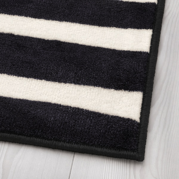 URSKOG Rug, low pile, zebra/striped, 133x133 cm
