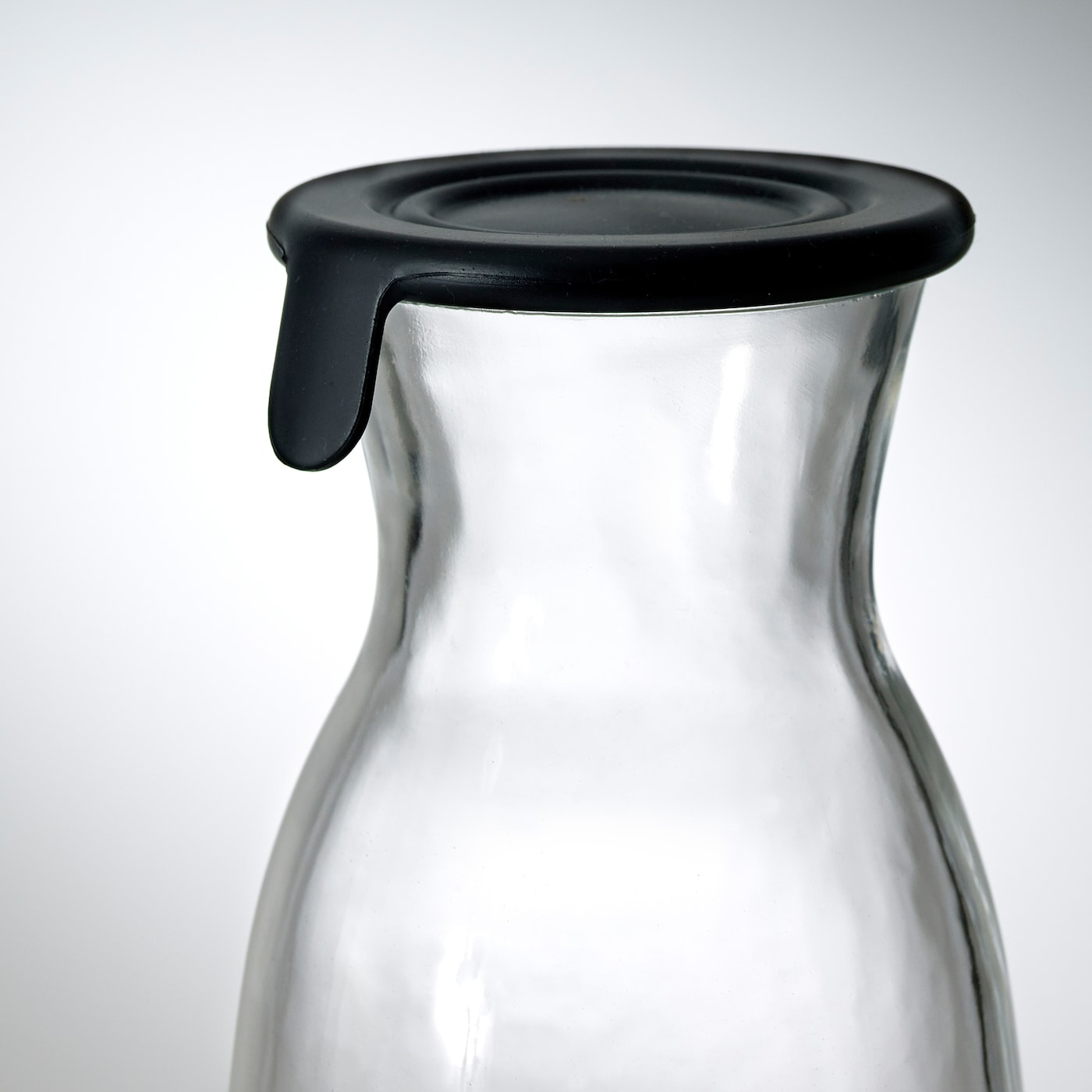 VARDAGEN Carafe with lid, clear glass, 1.0 l
