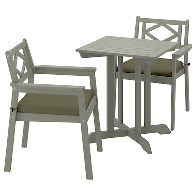 BONDHOLMEN Tisch und 2 Armlehnstühle/außen, grau las./Frösön/Duvholmen dunkles Beigegrün