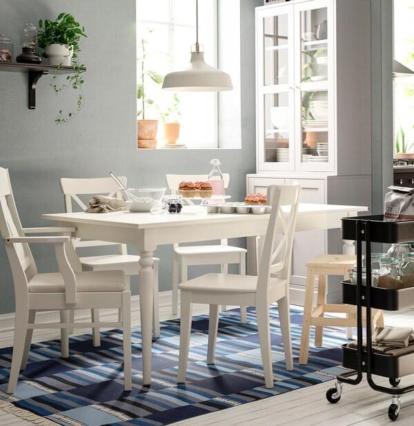INGATORP / INGOLF Tisch und 6 Stühle, weiß/Nordvalla beige, 155/215 cm