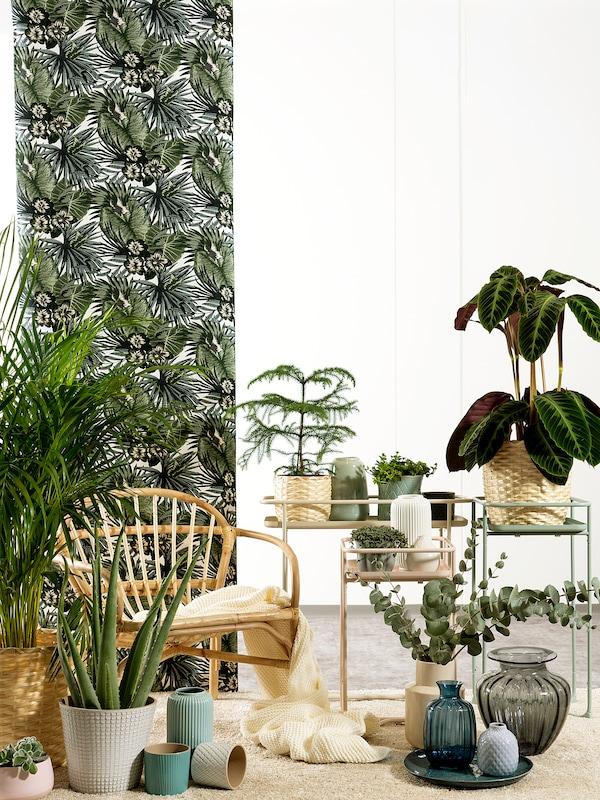 KRYDDPEPPAR Blumenständer, drinnen/draußen grün, 65 cm