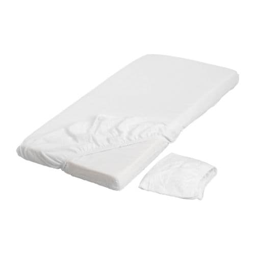LEN Fitted sheet for cot IKEA Elastic keeps the sheet stretched smooth around the mattress.