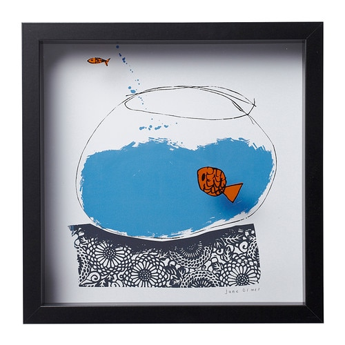 OLUNDA Picture IKEA Motif created by Jane Ormes.  The fish are mounted at a distance from the background, which gives the picture added depth.