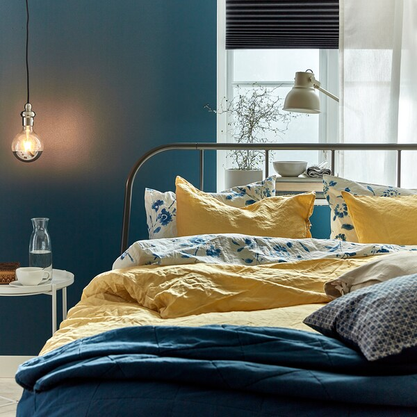 PUDERVIVA Duvet cover and 2 pillowcases, light yellow, 200x200/50x80 cm