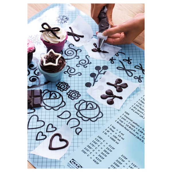 SOCKERKAKA baking mat and knife light blue