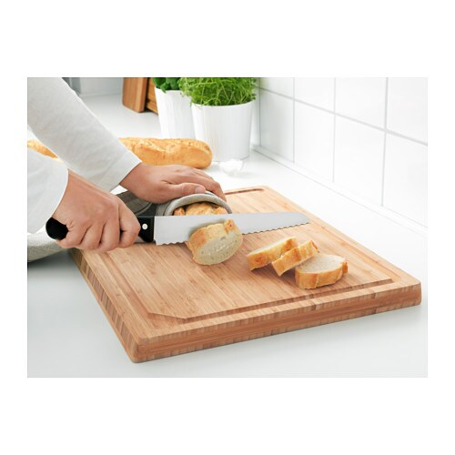 VARDAGEN Bread knife IKEA The knife has a serrated edge which makes it easy to slice bread and cut soft vegetables such as tomatoes.