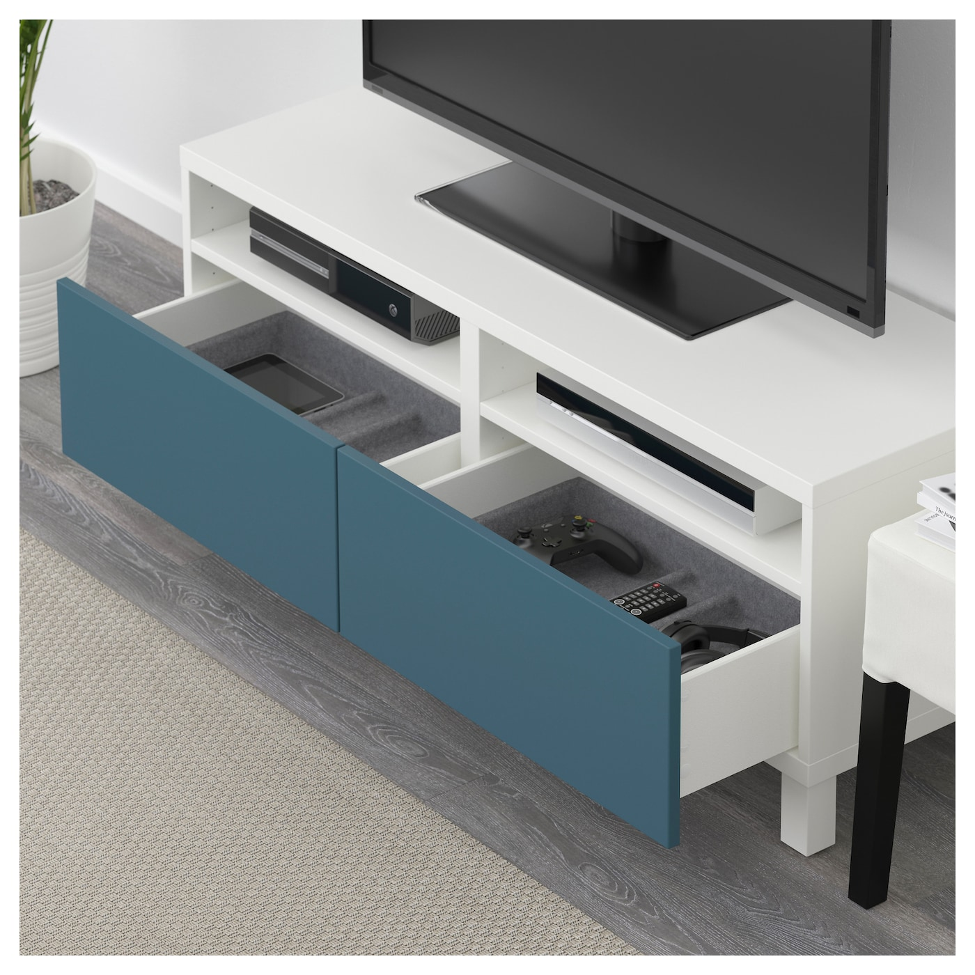 best banc tv avec tiroirs blanc valviken bleu fonc 120x40x48 cm ikea. Black Bedroom Furniture Sets. Home Design Ideas