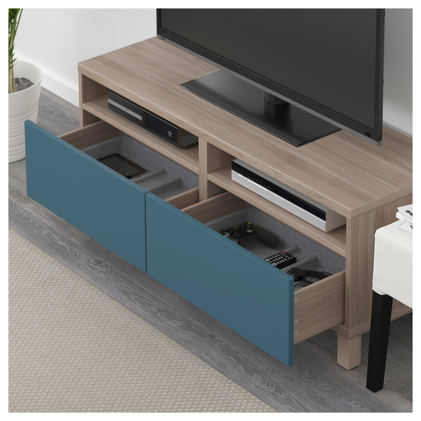 best banc tv avec tiroirs motif noyer teint gris valviken bleu fonc 120x40x48 cm ikea. Black Bedroom Furniture Sets. Home Design Ideas