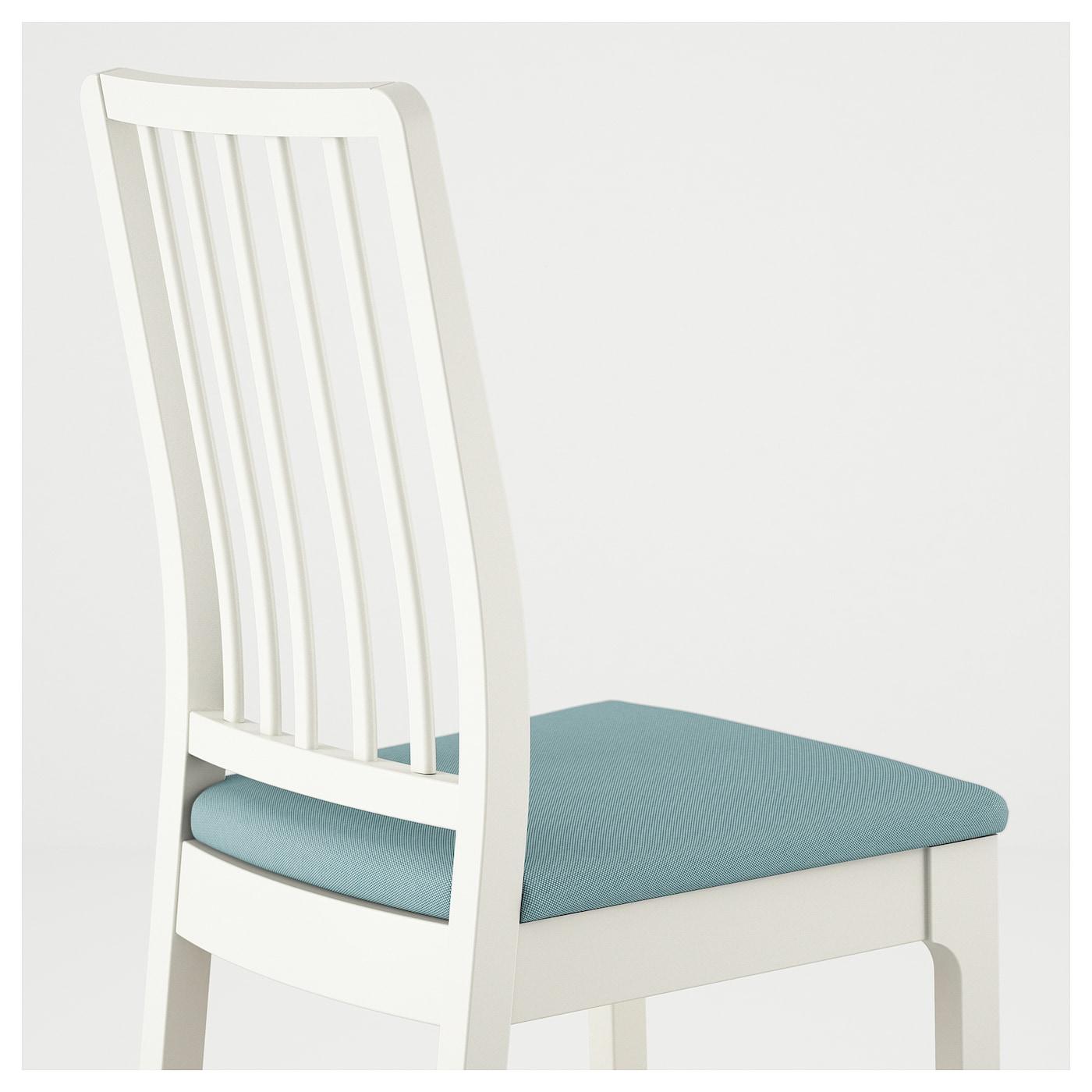 Ekedalen chaise blanc orrsta bleu clair ikea for Housse chaises ikea