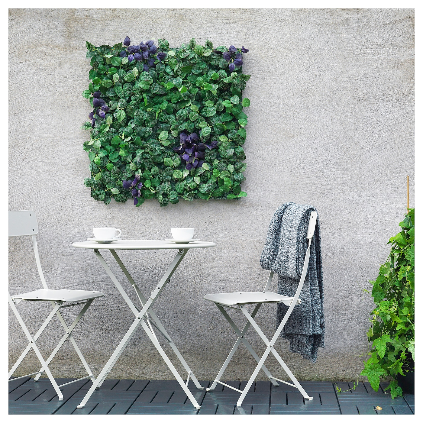 fejka plante artificielle fixation murale int rieur ext rieur vert mauve 26x26 cm ikea. Black Bedroom Furniture Sets. Home Design Ideas