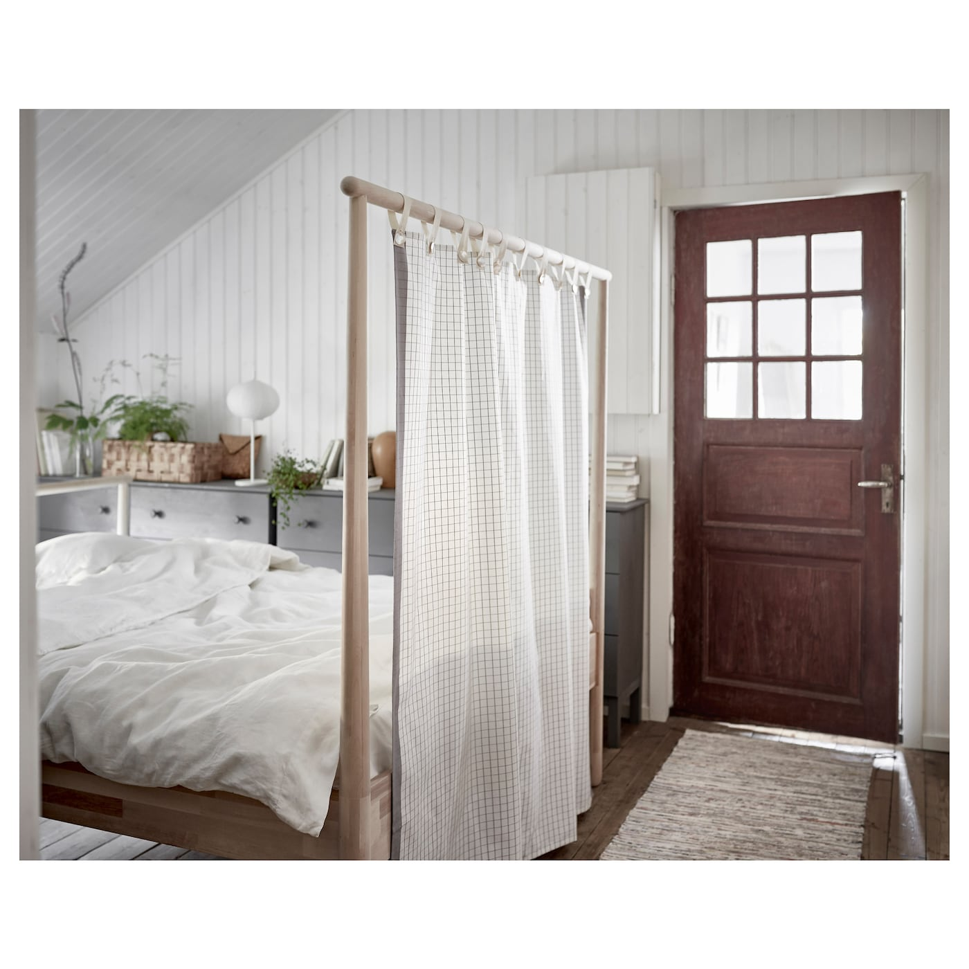 Gj ra cadre de lit bouleau 160x200 cm ikea for Clip de verre cadres photo ikea