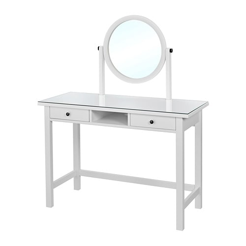 hemnes coiffeuse avec miroir blanc ikea. Black Bedroom Furniture Sets. Home Design Ideas