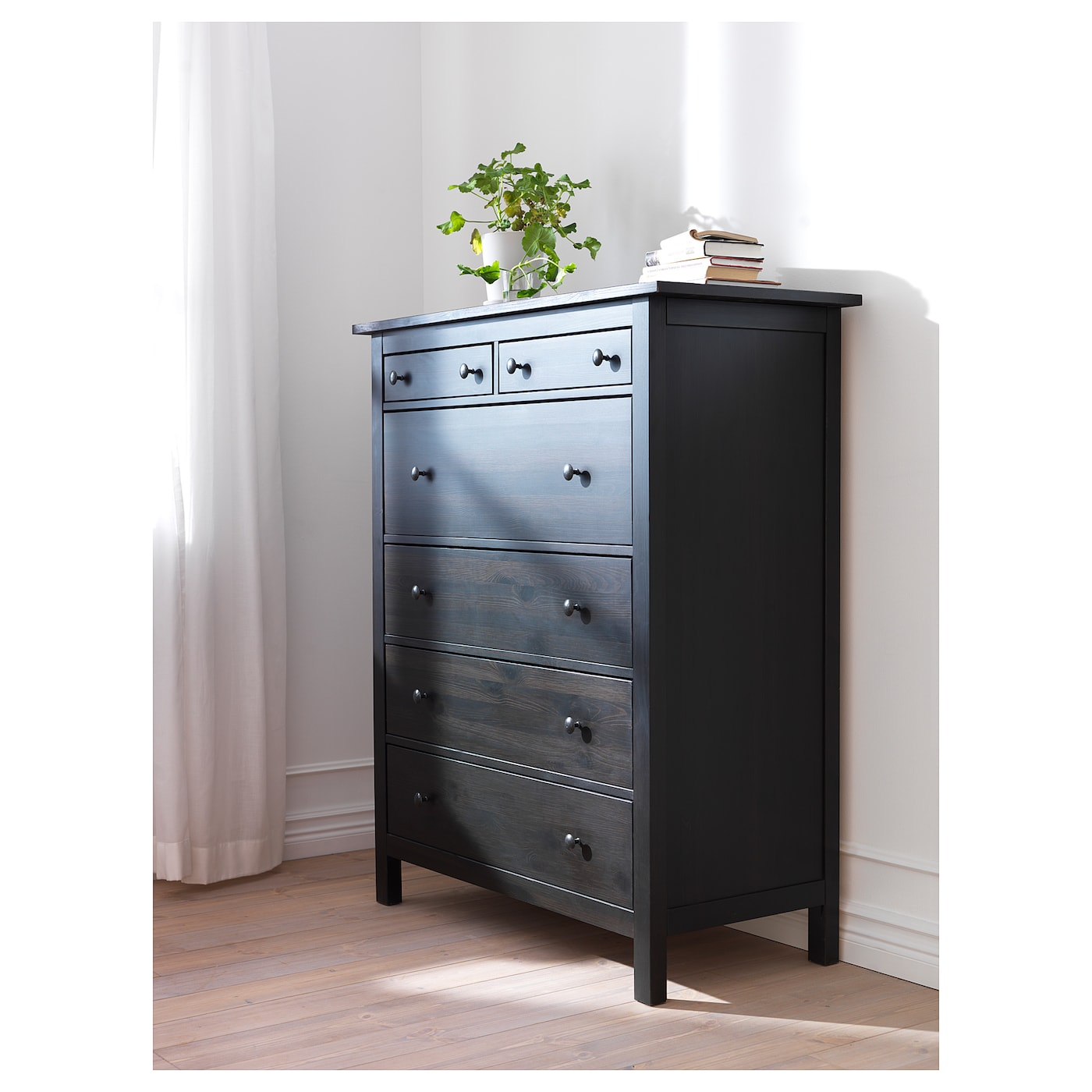 hemnes commode 6 tiroirs brun noir 108x131 cm ikea. Black Bedroom Furniture Sets. Home Design Ideas