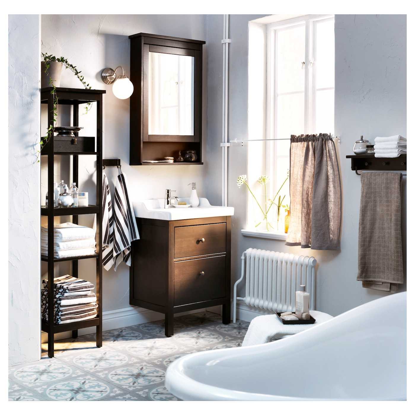 Hemnes Meuble Miroir 1 Porte Teinture Noir Brun 63x16x98 Cm Ikea # Meuble Rangement Noir Bois