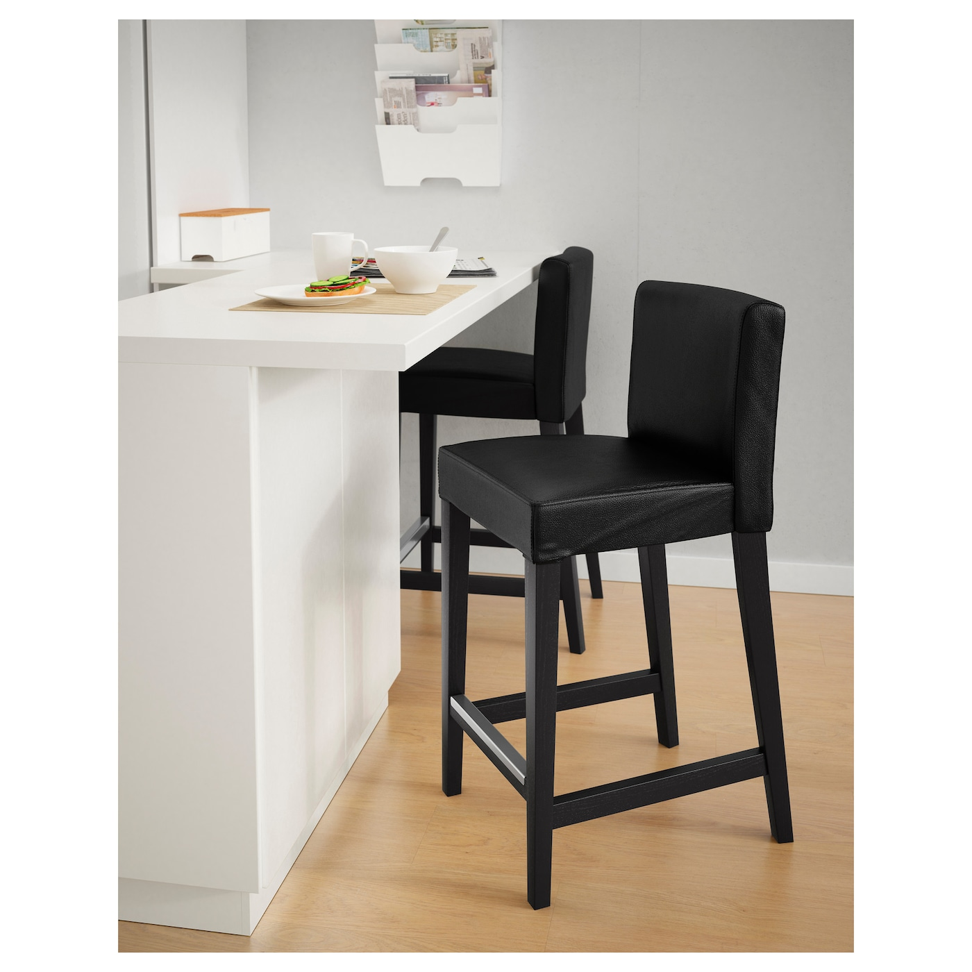 henriksdal tabouret de bar dossier brun noir glose noir 63 cm ikea. Black Bedroom Furniture Sets. Home Design Ideas
