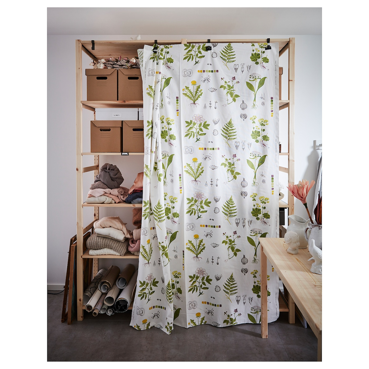 ivar crochet pour tablette gris ikea. Black Bedroom Furniture Sets. Home Design Ideas