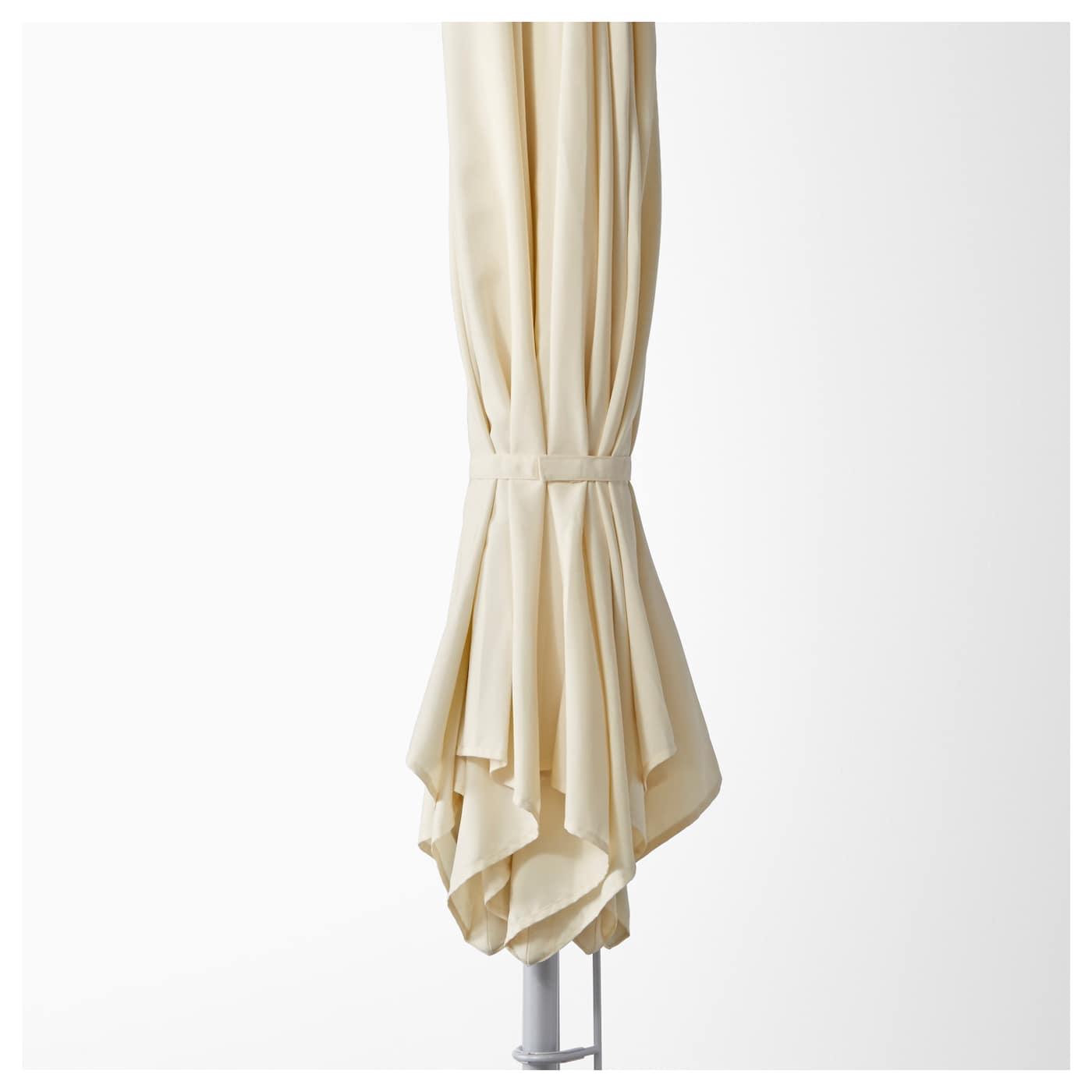 karls l k parasol avec pied inclinable beige gris ikea. Black Bedroom Furniture Sets. Home Design Ideas