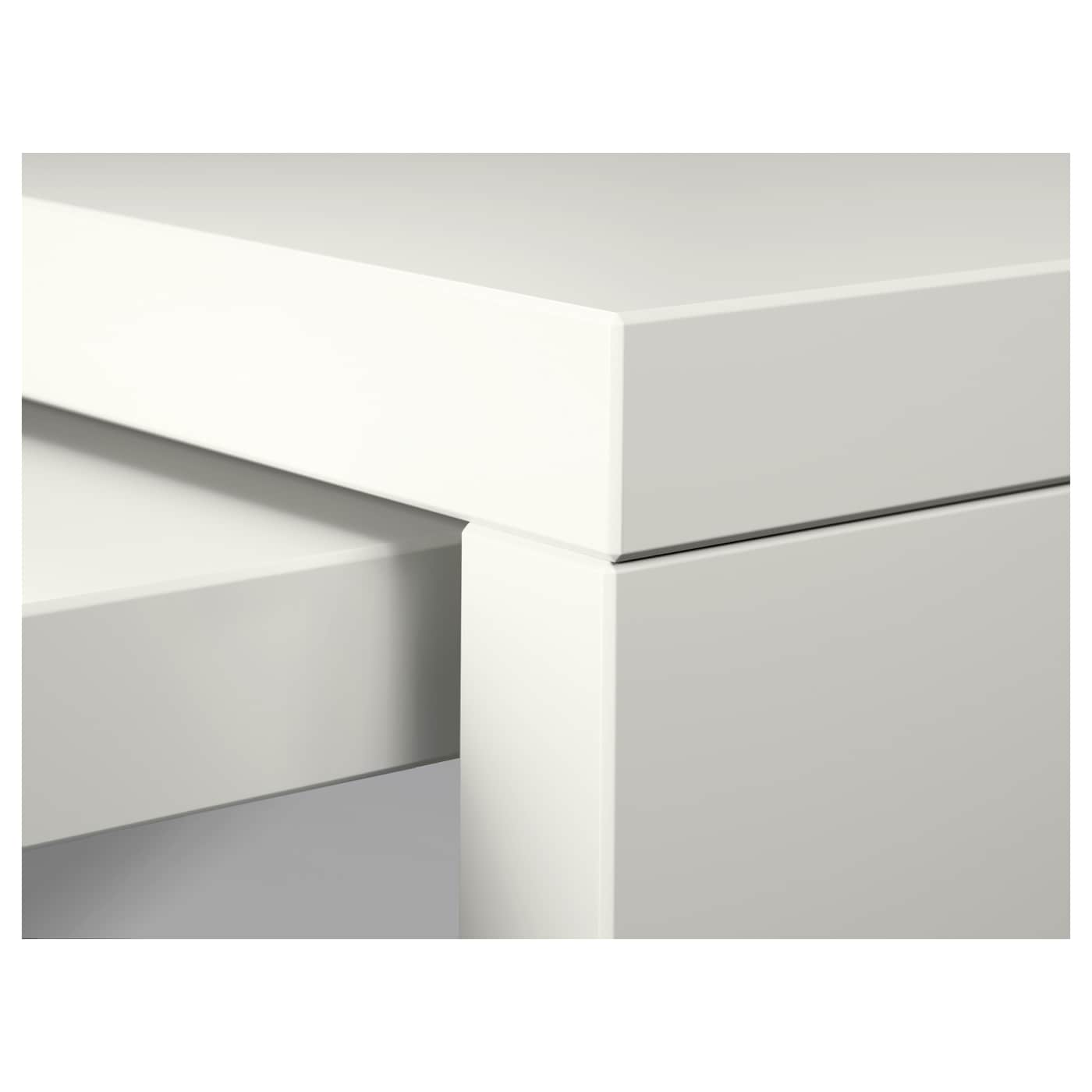 malm bureau avec tablette coulissante blanc 151x65 cm ikea. Black Bedroom Furniture Sets. Home Design Ideas