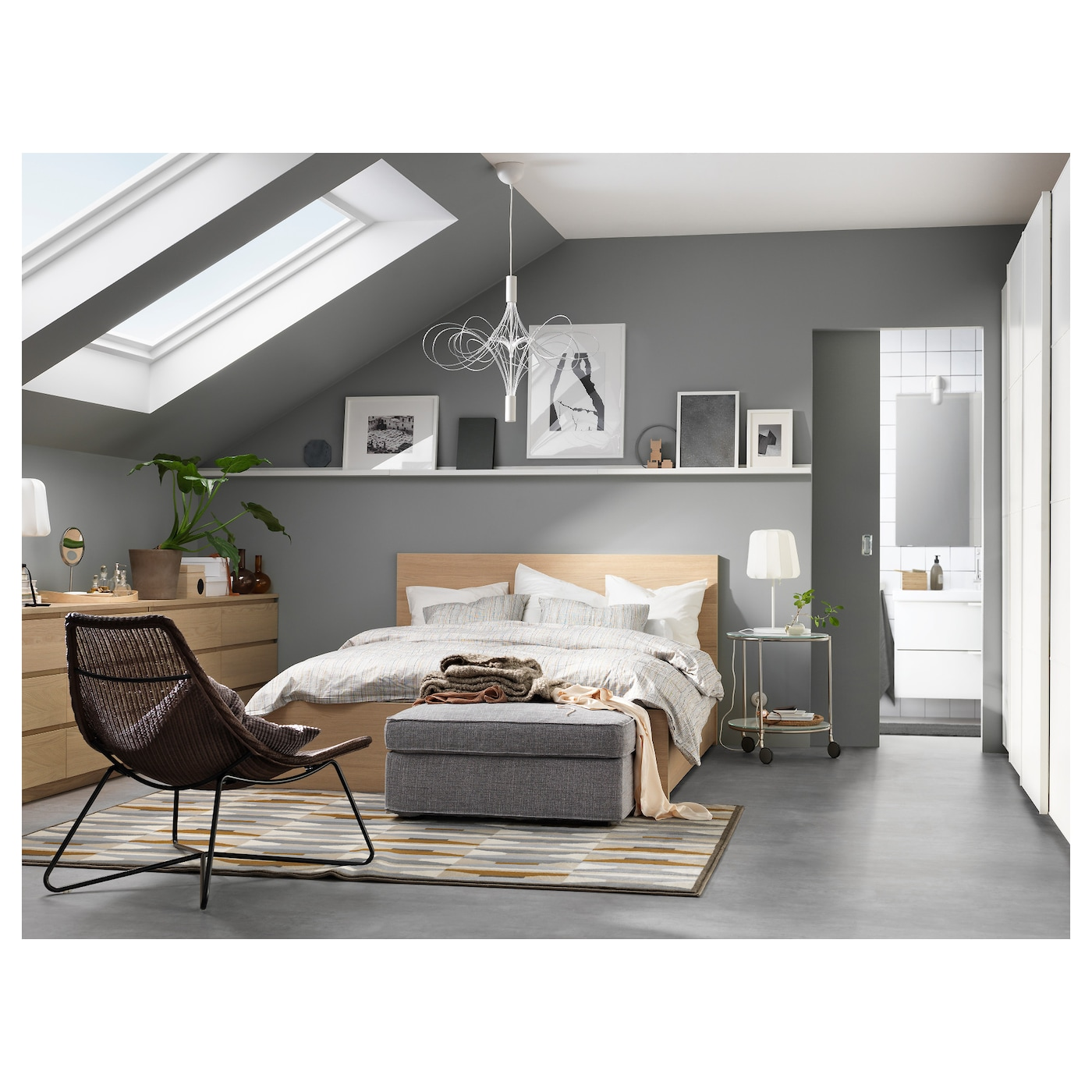 malm cadre de lit haut 2 rangements plaqu ch ne blanchi 160x200 cm ikea. Black Bedroom Furniture Sets. Home Design Ideas
