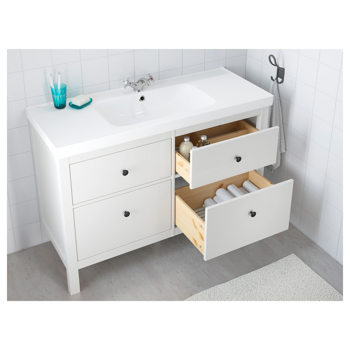 odensvik hemnes meuble lavabo 4tir blanc 123 x 49 x 89 cm ikea. Black Bedroom Furniture Sets. Home Design Ideas