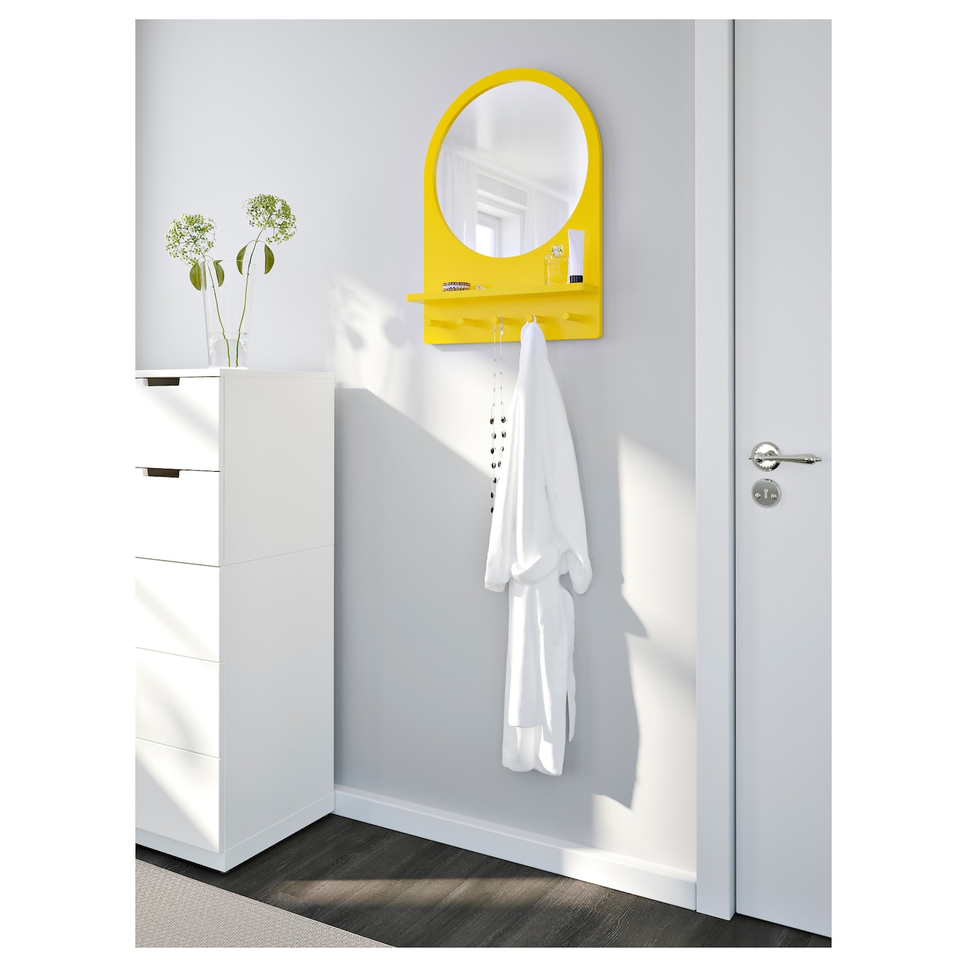 saltr d miroir avec tablette et crochets jaune 50x68 cm ikea. Black Bedroom Furniture Sets. Home Design Ideas