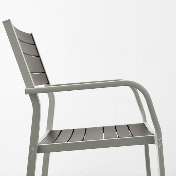 SJÄLLAND Table + 2 chaises accoudoir, ext, gris foncé/Kuddarna gris, 71x71x73 cm