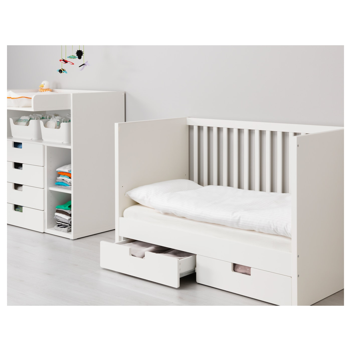 stuva lit enfant tiroirs blanc 60x120 cm ikea. Black Bedroom Furniture Sets. Home Design Ideas