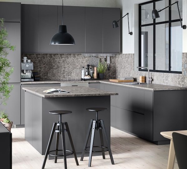 METOD / MAXIMERA Hoge kast oven/magn met lade, zwart/Voxtorp donkergrijs, 60x60x140 cm