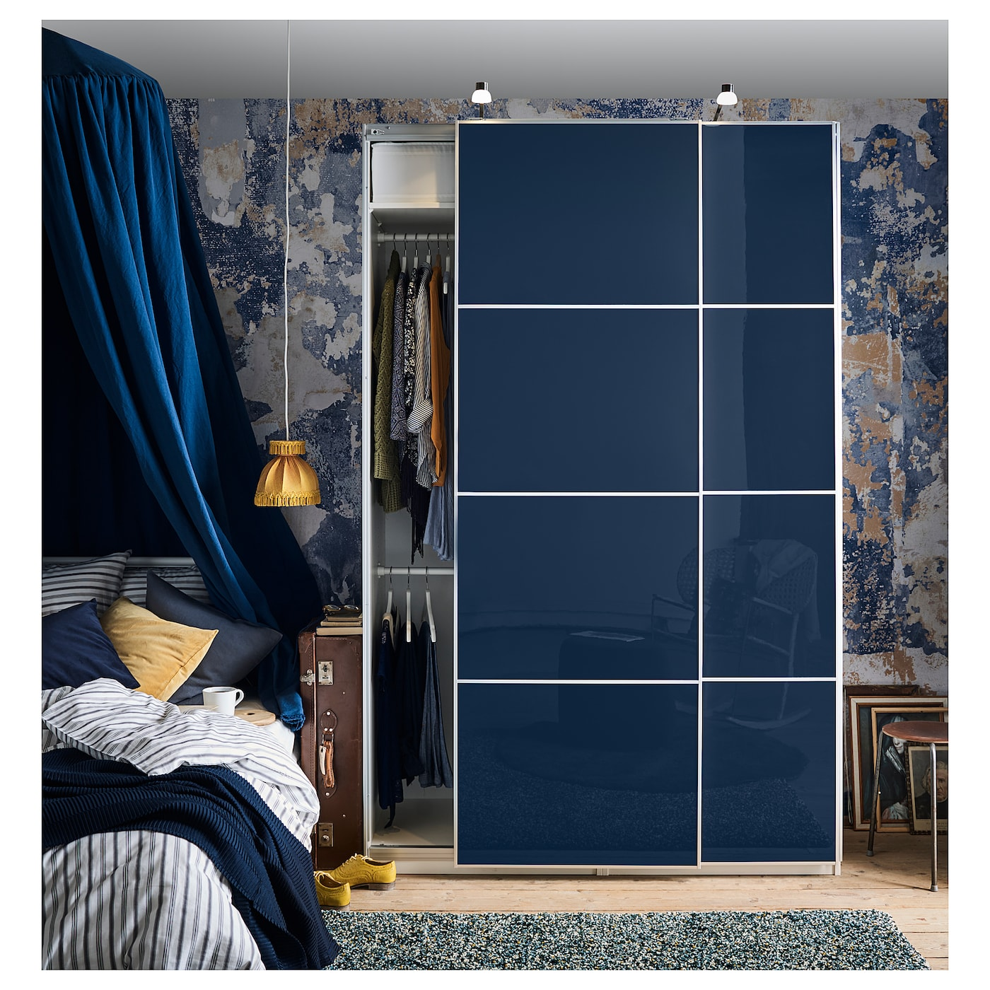 pax kledingkast wit hokksund hoogglans zwartblauw 150x66x236 cm ikea. Black Bedroom Furniture Sets. Home Design Ideas