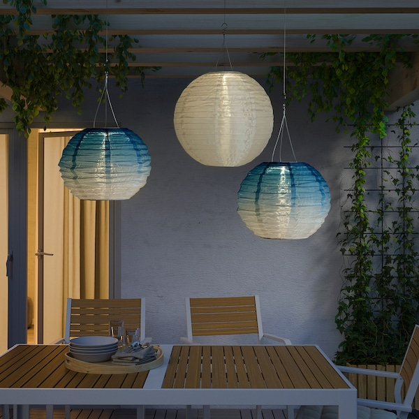 SOLVINDEN Led-plafondlamp op zonnecellen, buiten/globe blauwe tinten, 30 cm