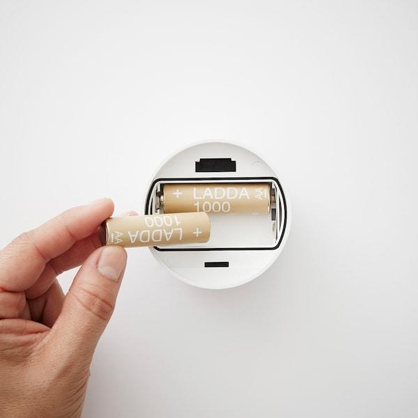 STÖTTA Led-klemspot, op batterijen wit