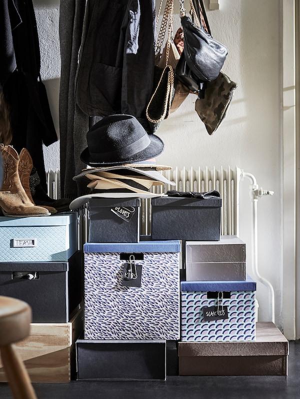 TJENA doos met deksel blauw/paars/met een patroon 35 cm 32 cm 32 cm